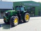 Traktor des Typs John Deere 6195M in Leubsdorf