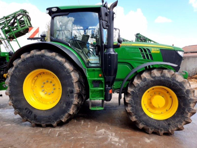 Traktor типа John Deere 6195R, Gebrauchtmaschine в Richebourg (Фотография 1)