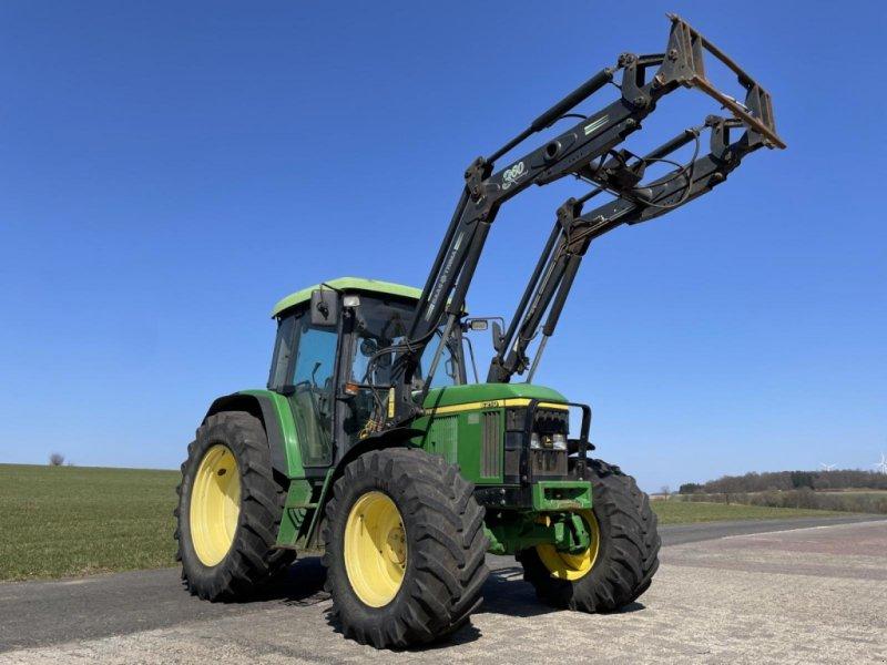 Traktor des Typs John Deere 6210 mit Frontlader, Gebrauchtmaschine in Steinau  (Bild 1)