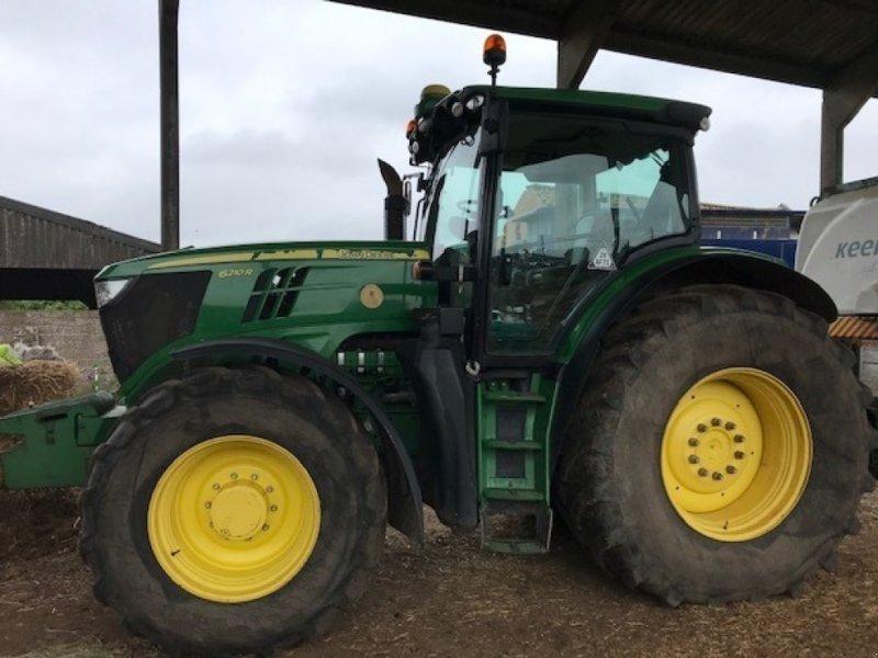 Traktor des Typs John Deere 6210 R, Gebrauchtmaschine in Grantham (Bild 1)