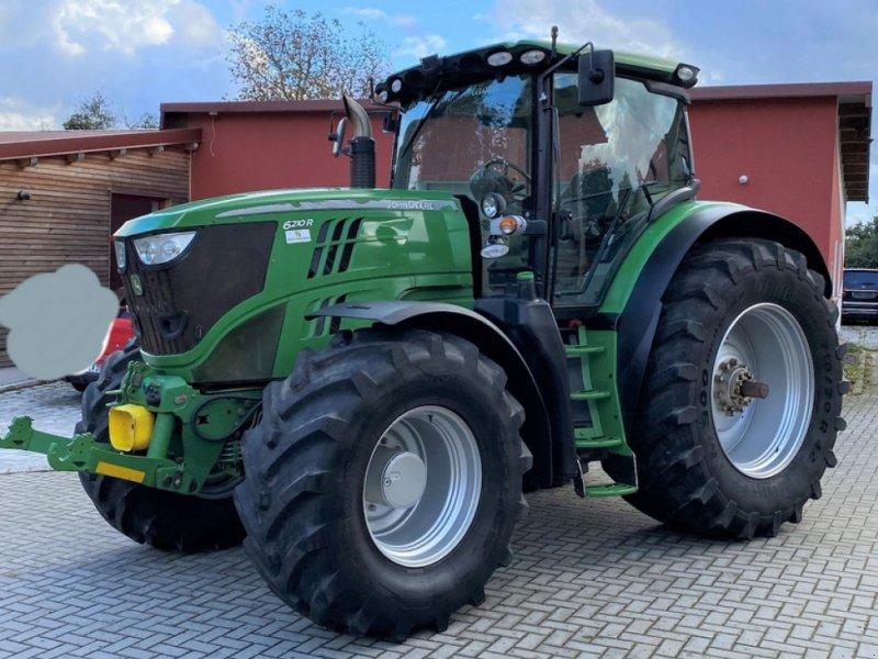 Traktor des Typs John Deere 6210 R, Gebrauchtmaschine in Altomünster (Bild 1)