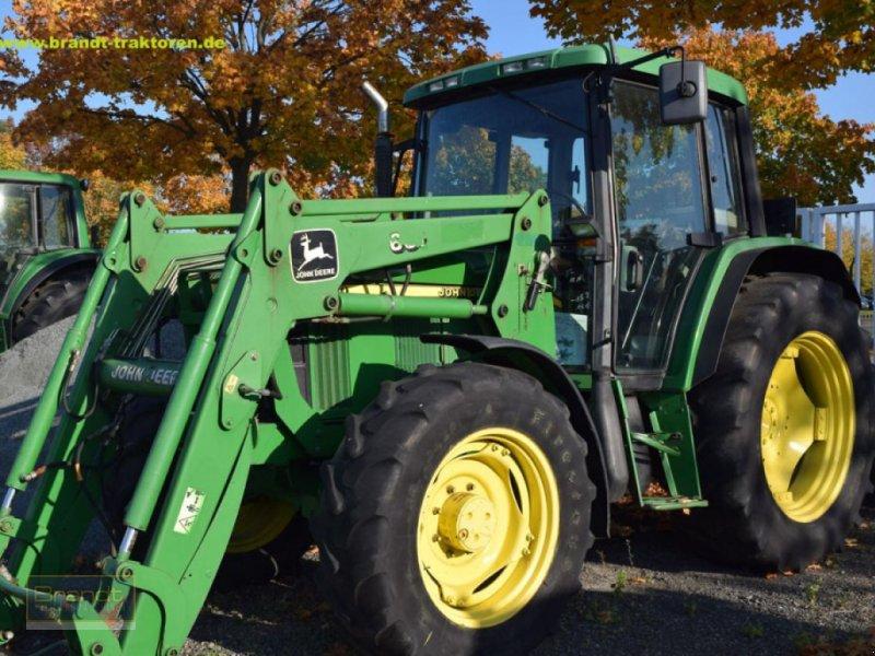Traktor des Typs John Deere 6210, Gebrauchtmaschine in Bremen (Bild 1)
