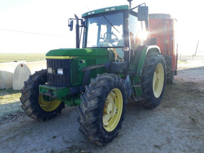 Traktor des Typs John Deere 6210, Gebrauchtmaschine in CHAUMONT (Bild 1)