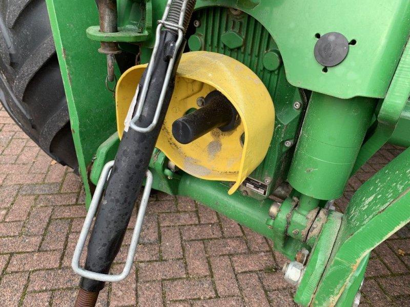Traktor des Typs John Deere 6210R Autopowr, Gebrauchtmaschine in Zuidoostbeemster (Bild 3)