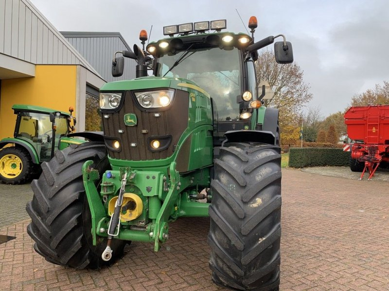 Traktor des Typs John Deere 6210R Autopowr, Gebrauchtmaschine in Zuidoostbeemster (Bild 2)