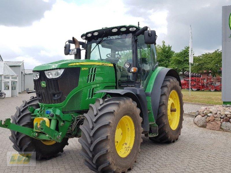 Traktor des Typs John Deere 6210R Frontzapfwelle, Gebrauchtmaschine in Schenkenberg (Bild 1)