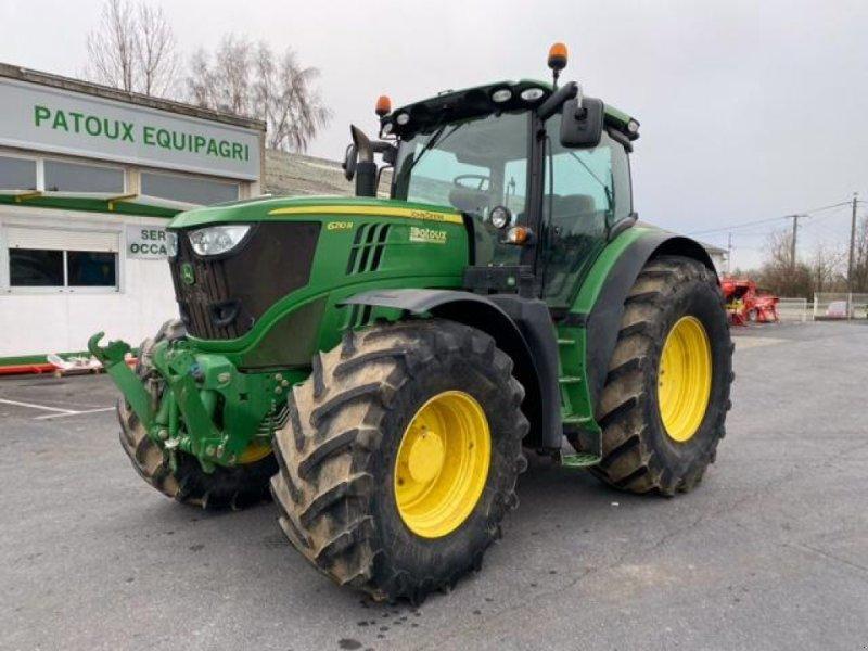 Traktor des Typs John Deere 6210R, Gebrauchtmaschine in Wargnies Le Grand (Bild 1)