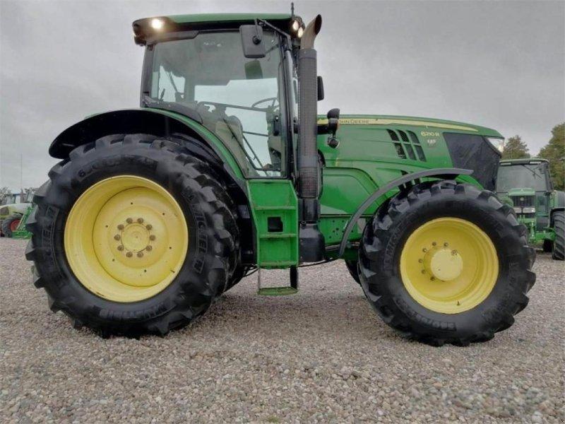 Traktor des Typs John Deere 6210r, Gebrauchtmaschine in KAUNAS DISTRICT (Bild 1)