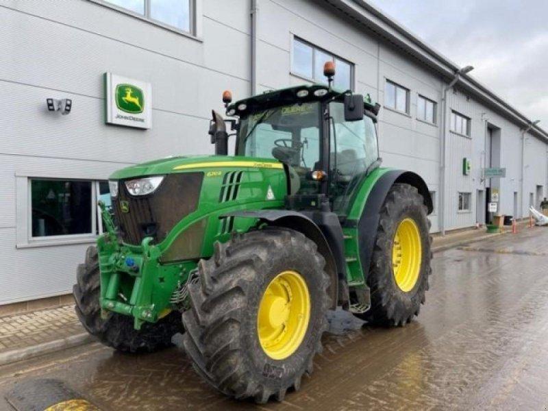 Traktor des Typs John Deere 6210r, Gebrauchtmaschine in  (Bild 1)