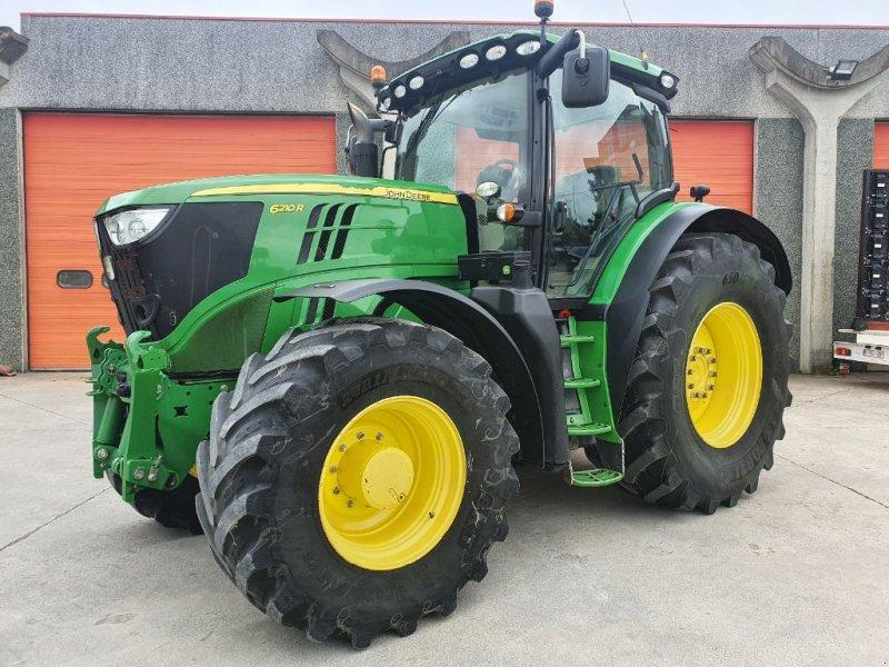 Traktor des Typs John Deere 6210R, Gebrauchtmaschine in Baillonville (Bild 1)