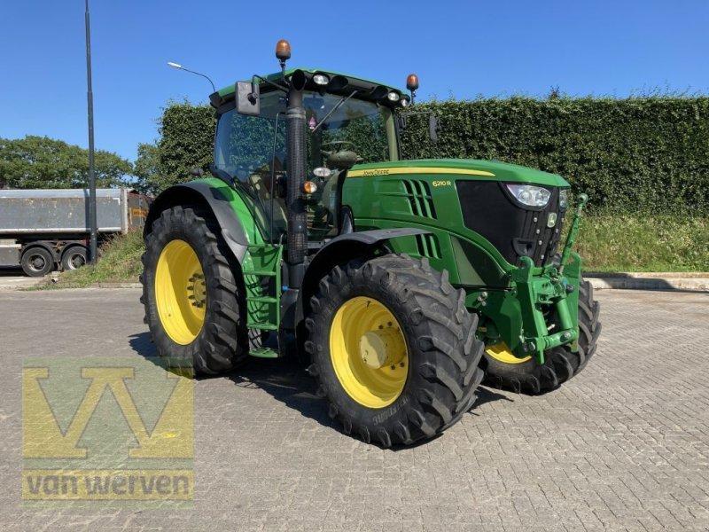 Traktor des Typs John Deere 6210R, Gebrauchtmaschine in Oldebroek (Bild 1)