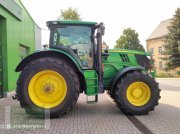 Traktor типа John Deere 6210R, Gebrauchtmaschine в Leubsdorf