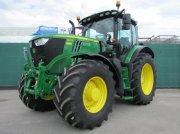 Traktor типа John Deere 6215 R, Neumaschine в Regensburg