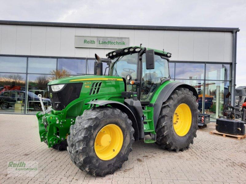 Traktor a típus John Deere 6215 R, Gebrauchtmaschine ekkor: Langweid am Lech  (Kép 1)
