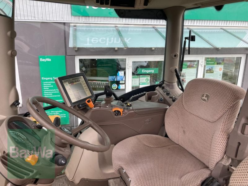 Traktor des Typs John Deere 6215 R, Gebrauchtmaschine in Eggenfelden (Bild 8)