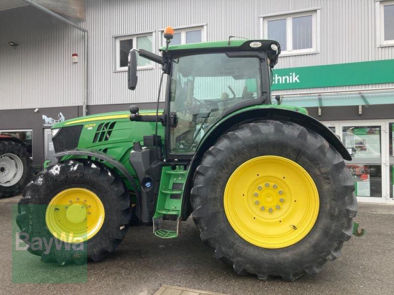 Traktor des Typs John Deere 6215 R, Gebrauchtmaschine in Eggenfelden (Bild 4)