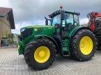 Traktor des Typs John Deere 6215 R in Altenstadt a.d. Waldnaab
