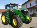 Traktor des Typs John Deere 6215 R in Moosthenning