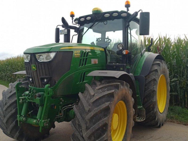 Traktor des Typs John Deere 6215 R, Gebrauchtmaschine in Wiesengiech (Bild 1)