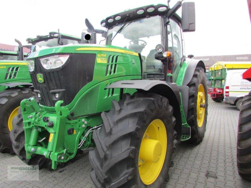 Traktor des Typs John Deere 6215R  AP50, Gebrauchtmaschine in Bad Wildungen-Wega (Bild 1)