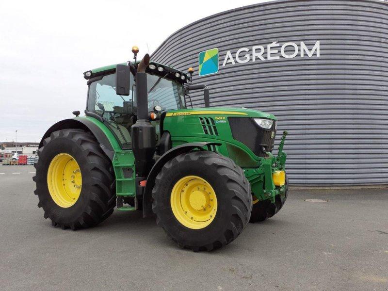 Traktor a típus John Deere 6215R APW, Gebrauchtmaschine ekkor: BEAUPREAU (Kép 1)