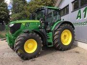 John Deere 6215R MY18 Тракторы