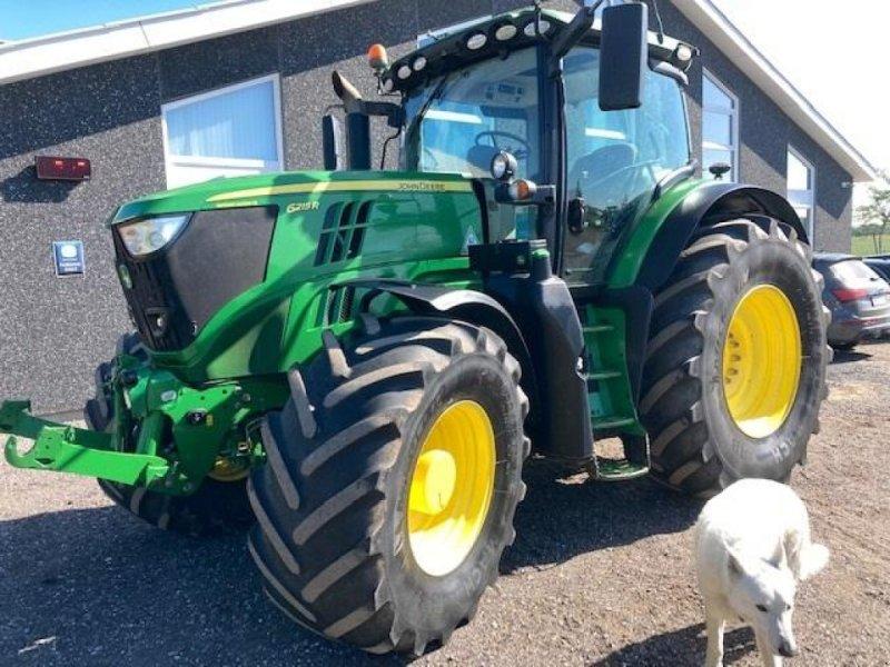 Traktor typu John Deere 6215R Premium Autopower m/Frontlift AUTOTRACREADY, Gebrauchtmaschine w Dronninglund (Zdjęcie 1)