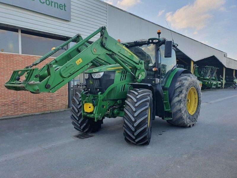 Traktor typu John Deere 6215R, Gebrauchtmaschine w PITHIVIERS Cedex (Zdjęcie 1)