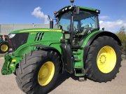 John Deere 6215R Traktor