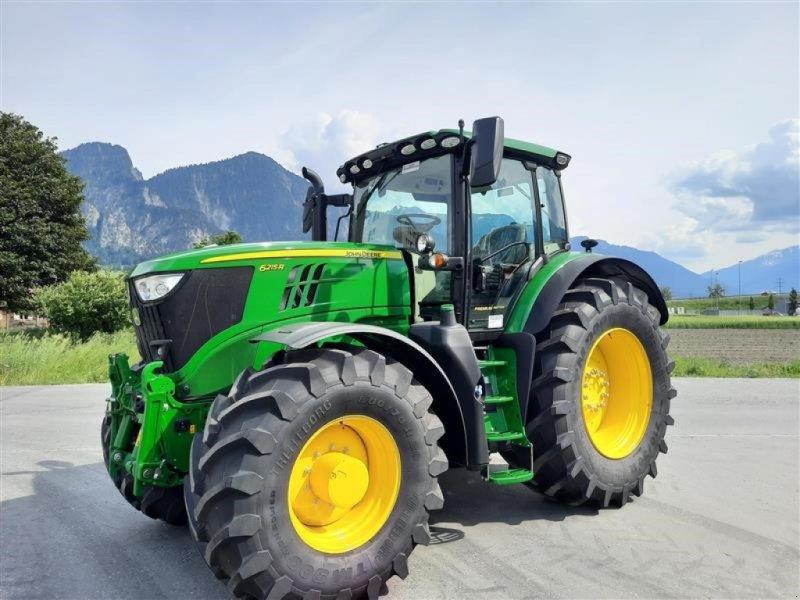 Traktor typu John Deere 6215R, Neumaschine w Landquart (Zdjęcie 1)