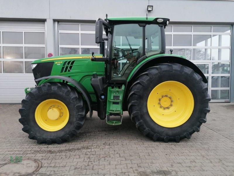 Traktor типа John Deere 6215R, Gebrauchtmaschine в Eggenfelden (Фотография 1)