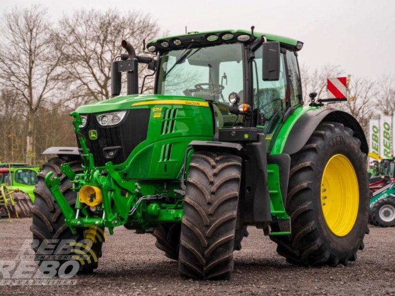 Traktor типа John Deere 6215R, Neumaschine в Neuenkirchen-Vörden (Фотография 1)