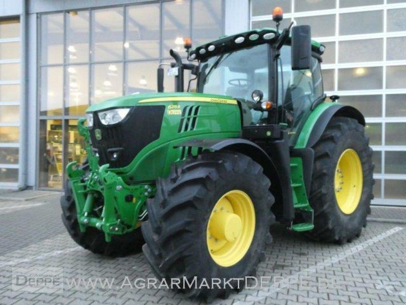 Traktor типа John Deere 6215R, Gebrauchtmaschine в Bad Lauterberg-Barbis (Фотография 1)