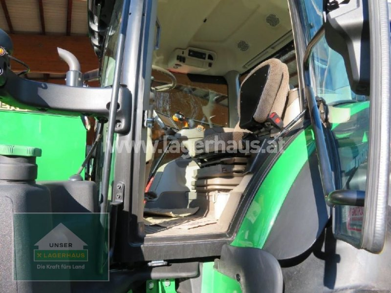 Traktor des Typs John Deere 6215R, Neumaschine in Hofkirchen (Bild 12)
