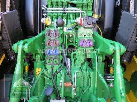 Traktor des Typs John Deere 6215R, Neumaschine in Hofkirchen (Bild 8)
