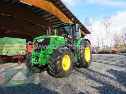 Traktor des Typs John Deere 6215R, Neumaschine in Hofkirchen (Bild 1)