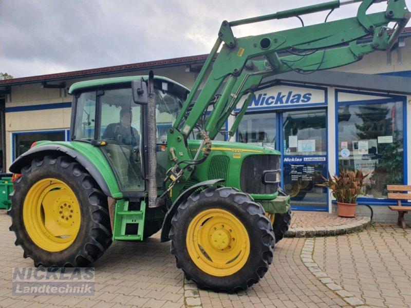 Traktor des Typs John Deere 6220 SE, Gebrauchtmaschine in Schirradorf (Bild 1)