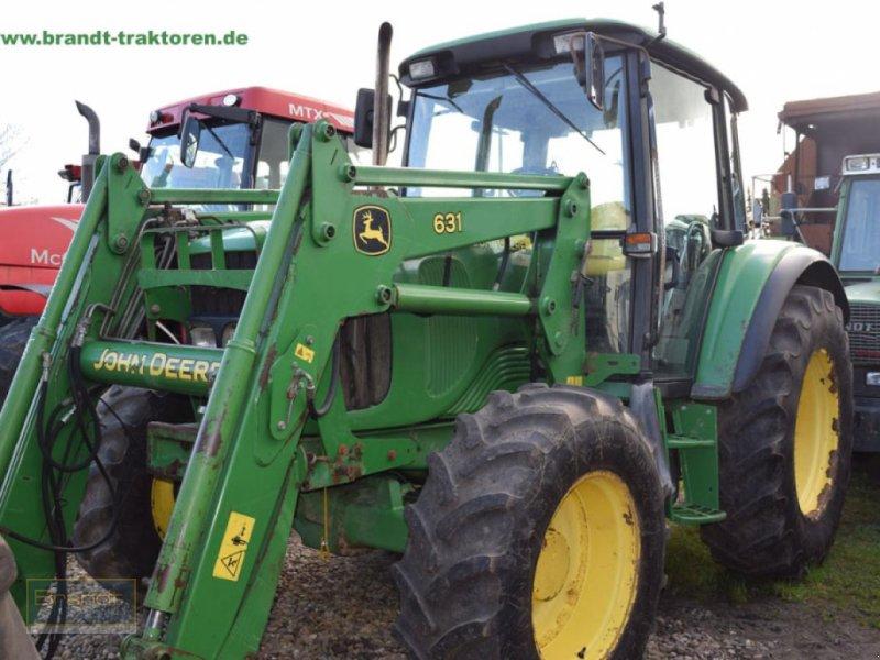 Traktor типа John Deere 6220, Gebrauchtmaschine в Bremen (Фотография 1)