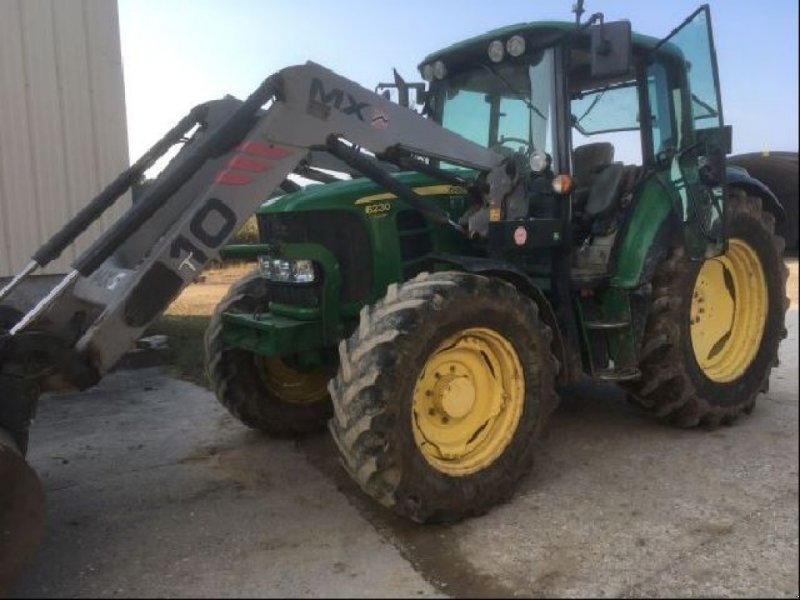 Traktor типа John Deere 6230 P, Gebrauchtmaschine в RENAGE (Фотография 1)