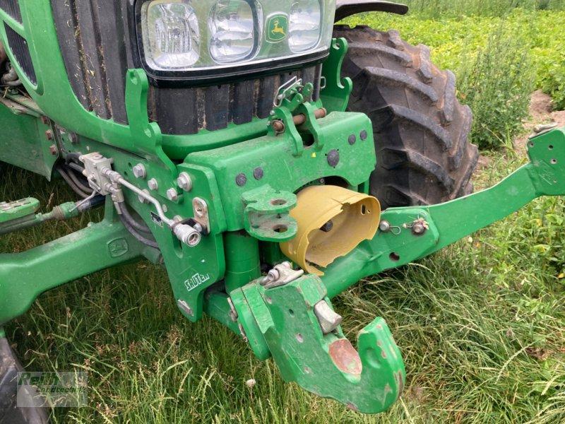 Traktor типа John Deere 6230 Premium, Gebrauchtmaschine в Langweid am Lech  (Фотография 3)