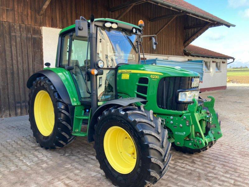 Traktor des Typs John Deere 6230 Premium, Gebrauchtmaschine in Hilpoltstein (Bild 1)
