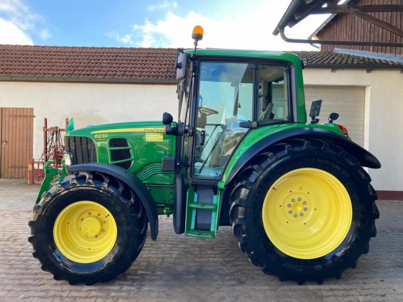 Traktor des Typs John Deere 6230 Premium, Gebrauchtmaschine in Hilpoltstein (Bild 3)