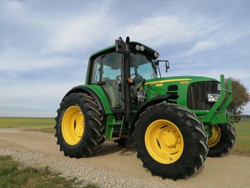 Traktor des Typs John Deere 6230 Premium, Gebrauchtmaschine in 92334 Berching (Bild 1)