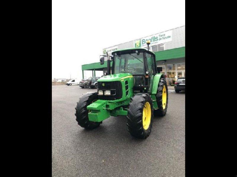 Traktor типа John Deere 6230 STD, Gebrauchtmaschine в RENAGE (Фотография 1)