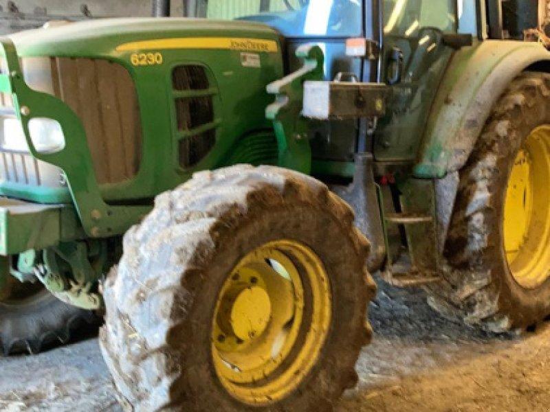 Traktor типа John Deere 6230, Gebrauchtmaschine в Gueret (Фотография 1)