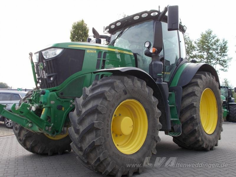 Traktor типа John Deere 6230R mit CommandPro, Gebrauchtmaschine в Sülzetal OT Altenweddingen (Фотография 1)