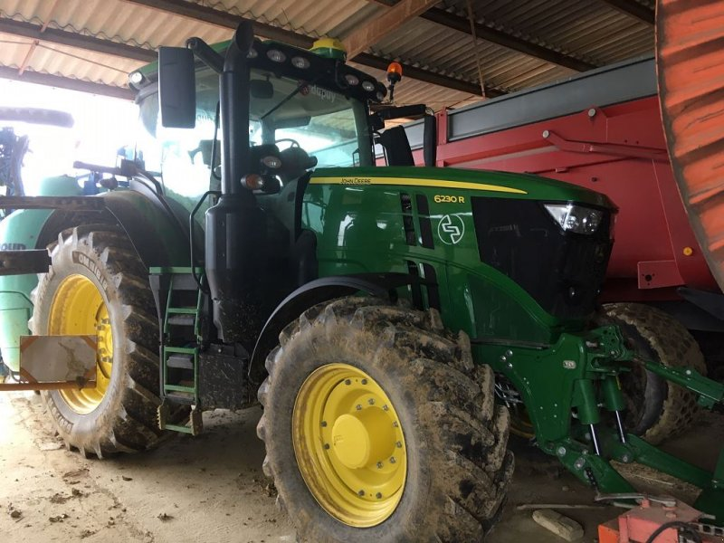 Traktor типа John Deere 6230R, Gebrauchtmaschine в MIELAN (Фотография 1)