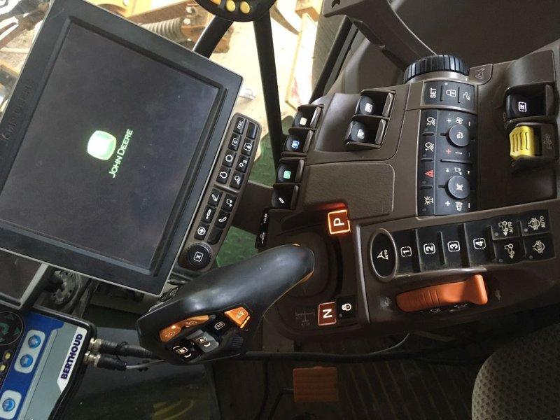 Traktor типа John Deere 6230R, Gebrauchtmaschine в MIELAN (Фотография 3)