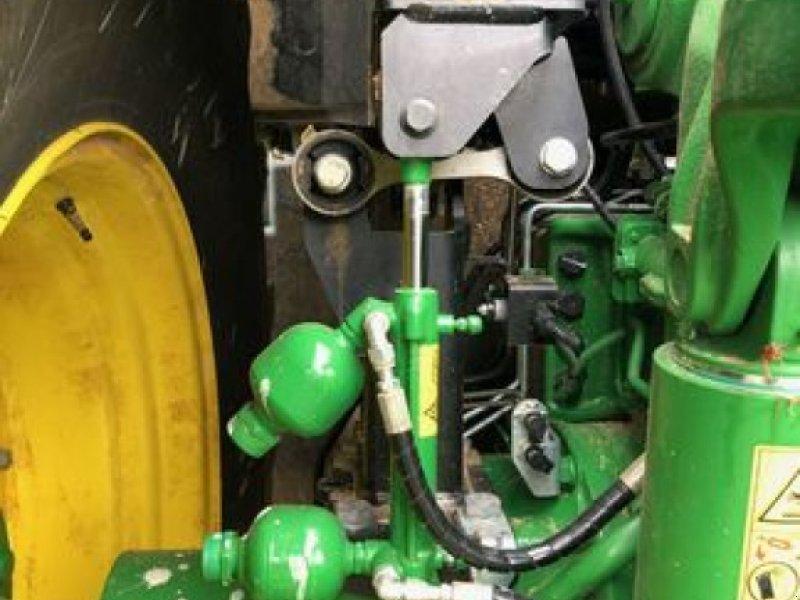 Traktor типа John Deere 6230R, Gebrauchtmaschine в ORSONVILLE (Фотография 5)