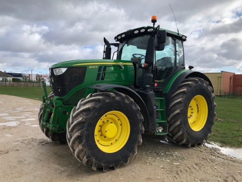 Traktor типа John Deere 6230R, Gebrauchtmaschine в ORSONVILLE (Фотография 2)